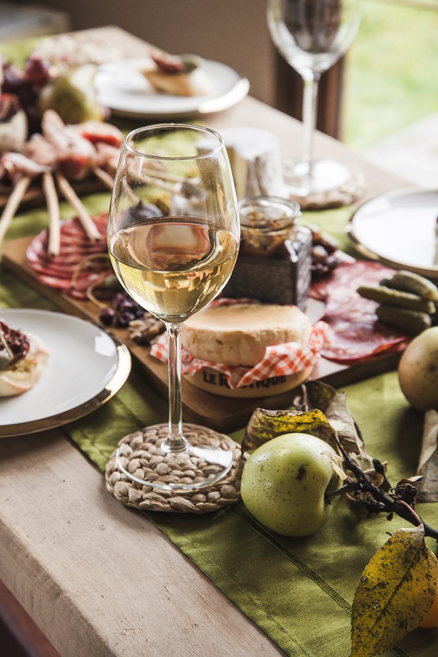 jak zorganizować degustacje wina w domu 04