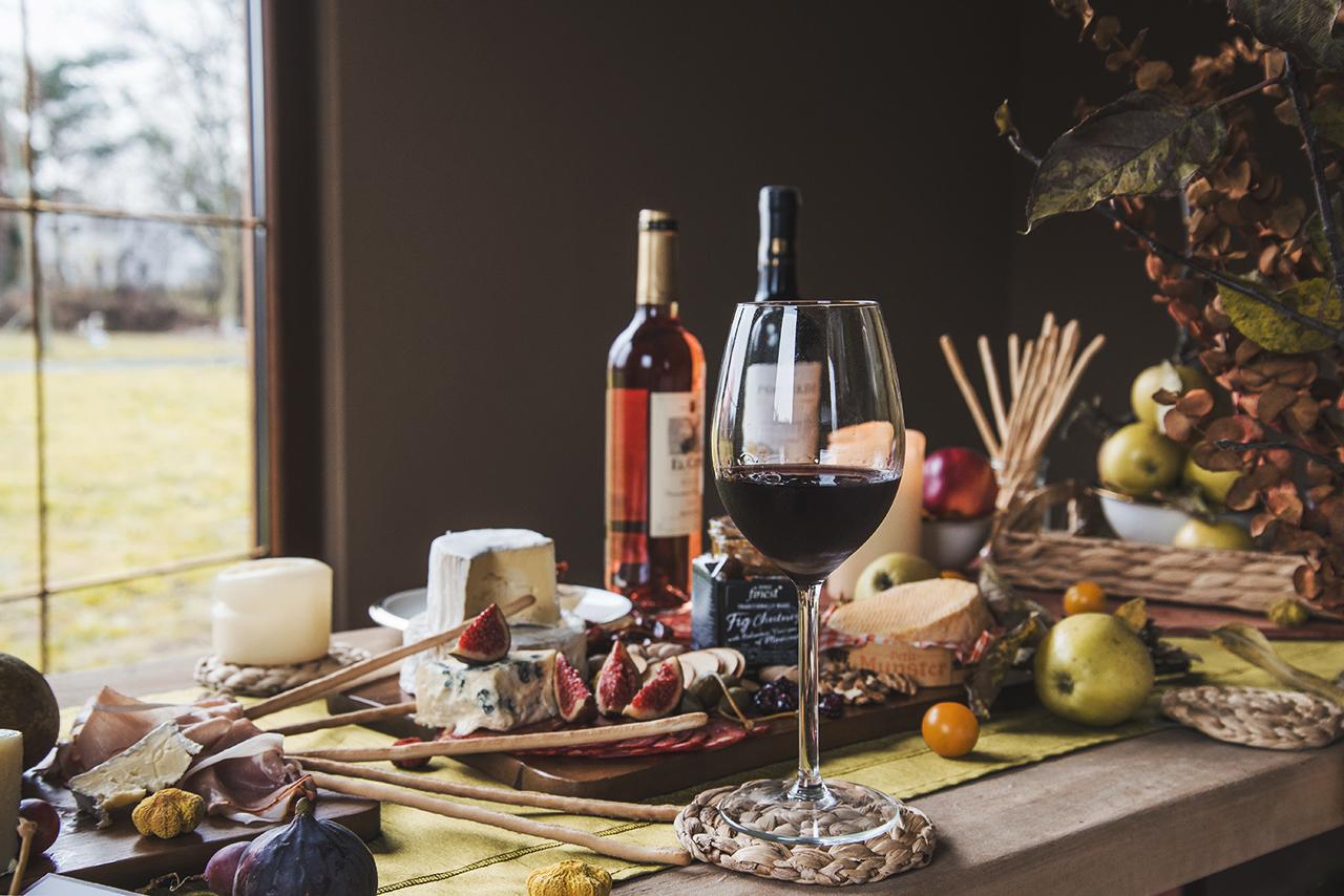 jak zorganizować degustacje wina w domu 16