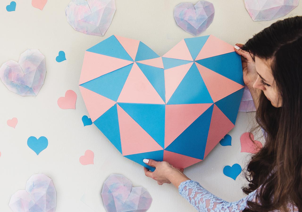 niebiesko-różowe geometryczne serduszka 02