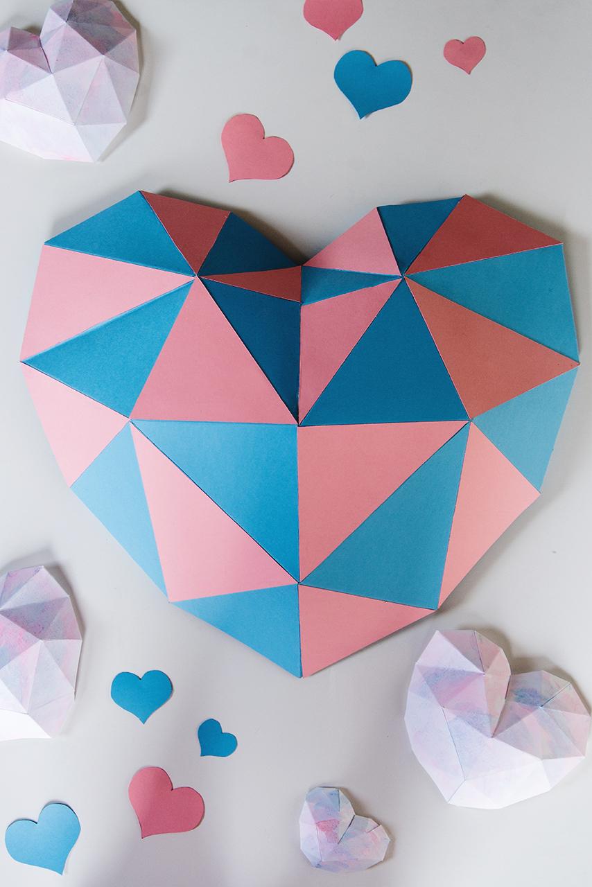 niebiesko-różowe geometryczne serduszka 03