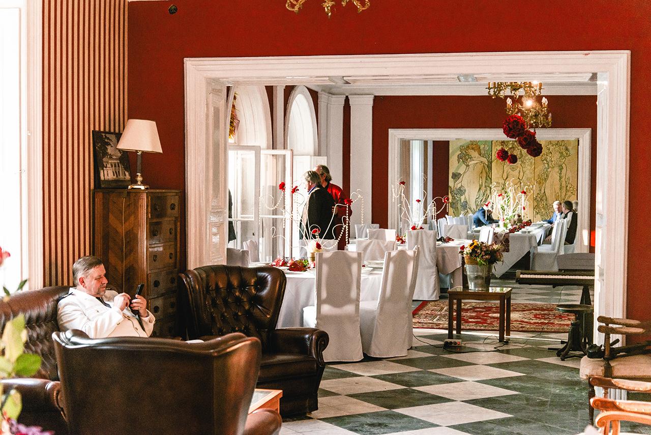 Przyjęcie biznesowe w Pałacu Drwalew oraz 8 wskazówek jak podejść do organizacji imprezy firmowej 09