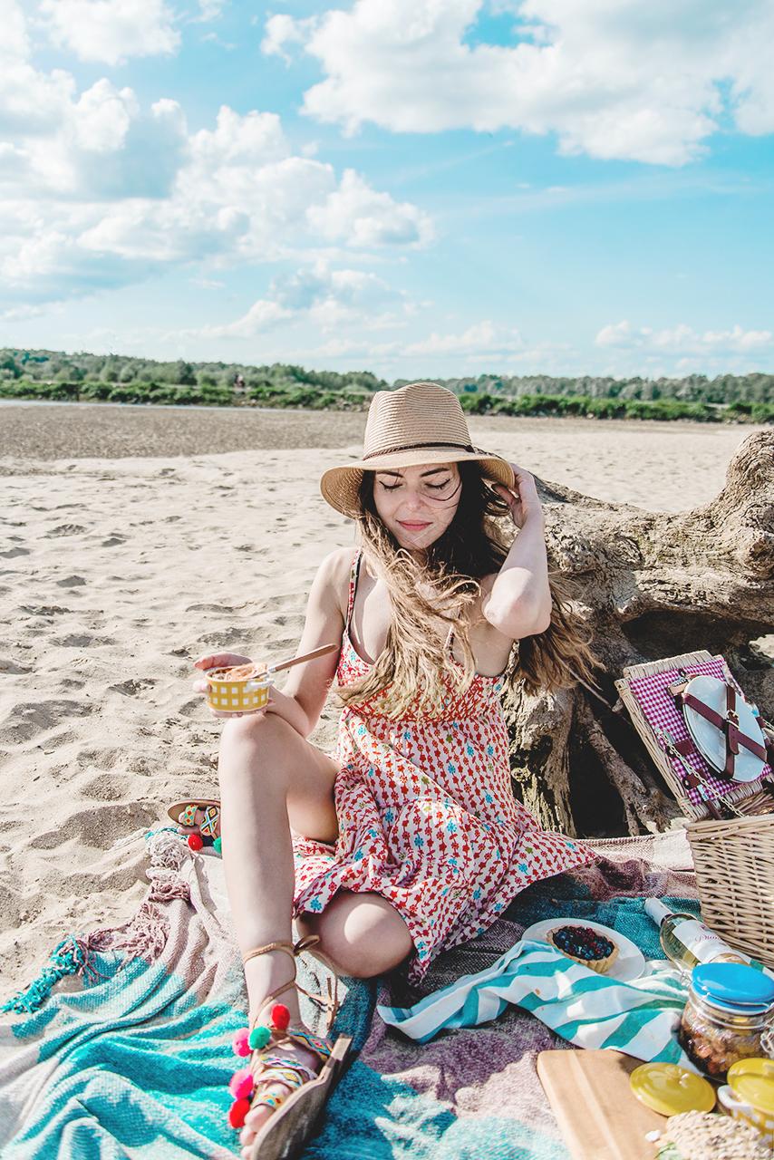 Letni piknik na plaży oraz przepis na Ratatouille z kiełbaskami chorizo 02