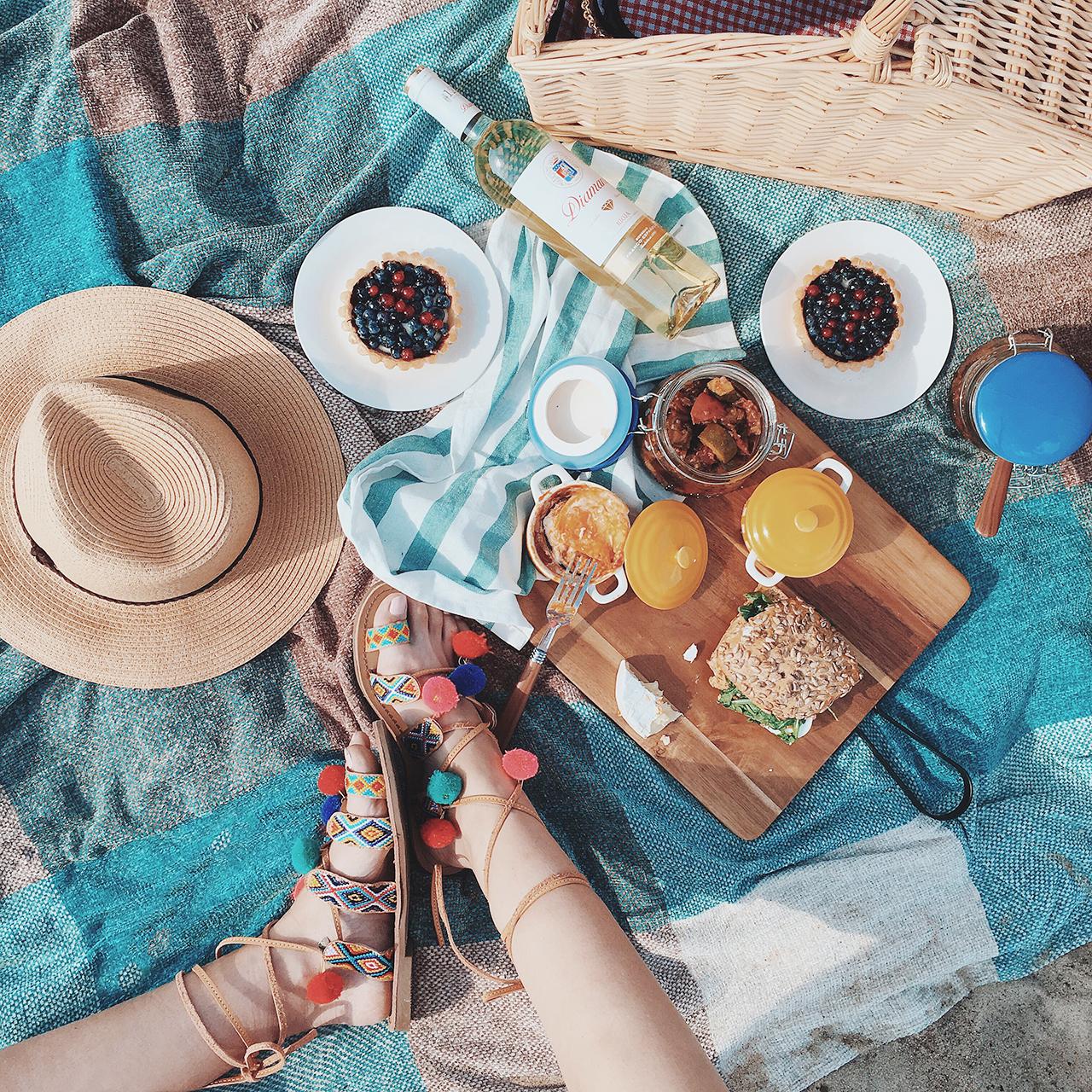 Letni piknik na plaży oraz przepis na Ratatouille z kiełbaskami chorizo 07