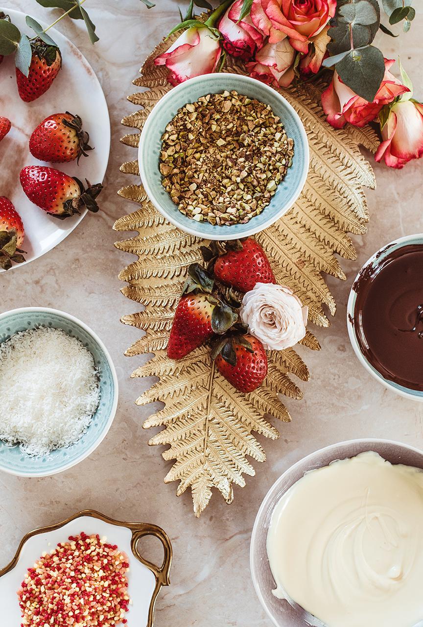 Truskawki nasiąknięte likierem w czekoladzie